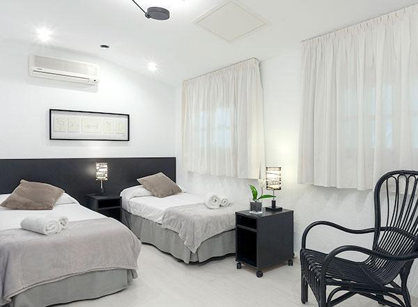 mas-juli-grey-room-1.jpg
