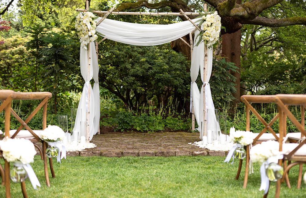 mas-juli-bodas-altar