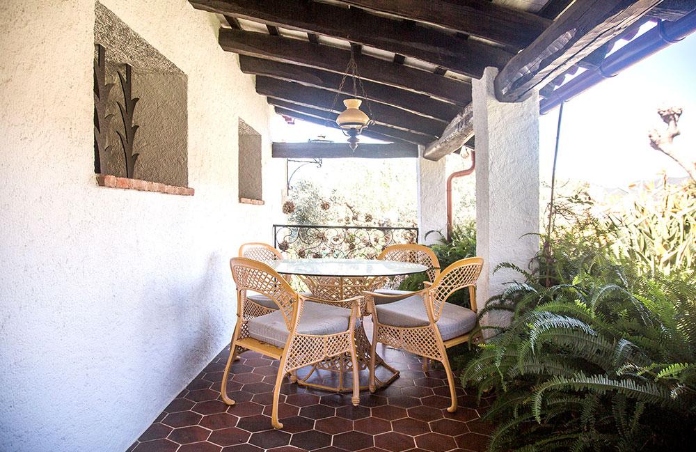 mas-juli-porche
